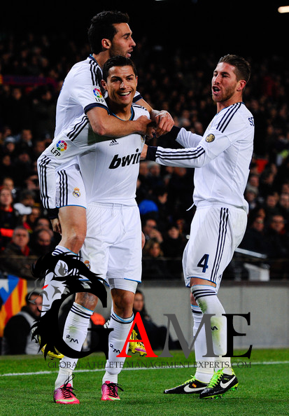 Real Madrid win at Barcelona to reach Copa del Rey final