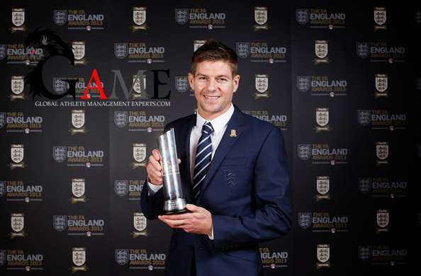 Steven Gerrard wins England player of the year award
